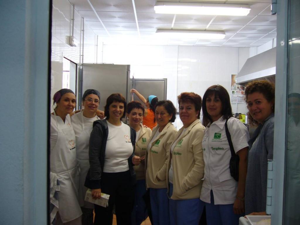 Las alumnas de la Escuela Taller en el módulo de la empresa