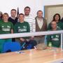Técnicos junto a alumnos del taller de empleo