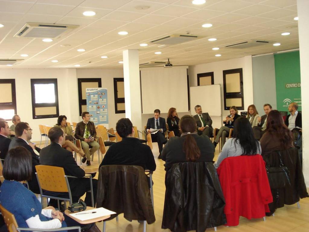 Durante el encuentro con emprendedores en el CADE