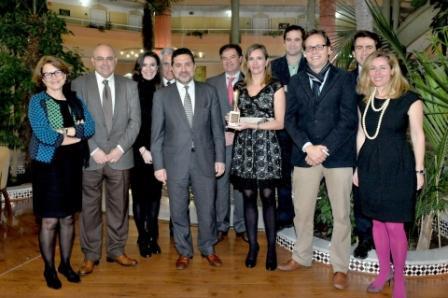 El secretario general de Economía y la directora gerente, junto a parte del equipo de Andalucía Emprende.