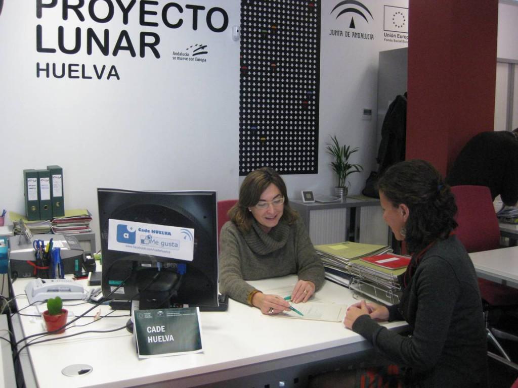 Asesoramiento técnico en el CADE de Huelva