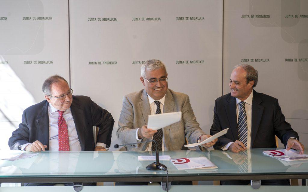 20170301 NP Firma Convenio Camaras