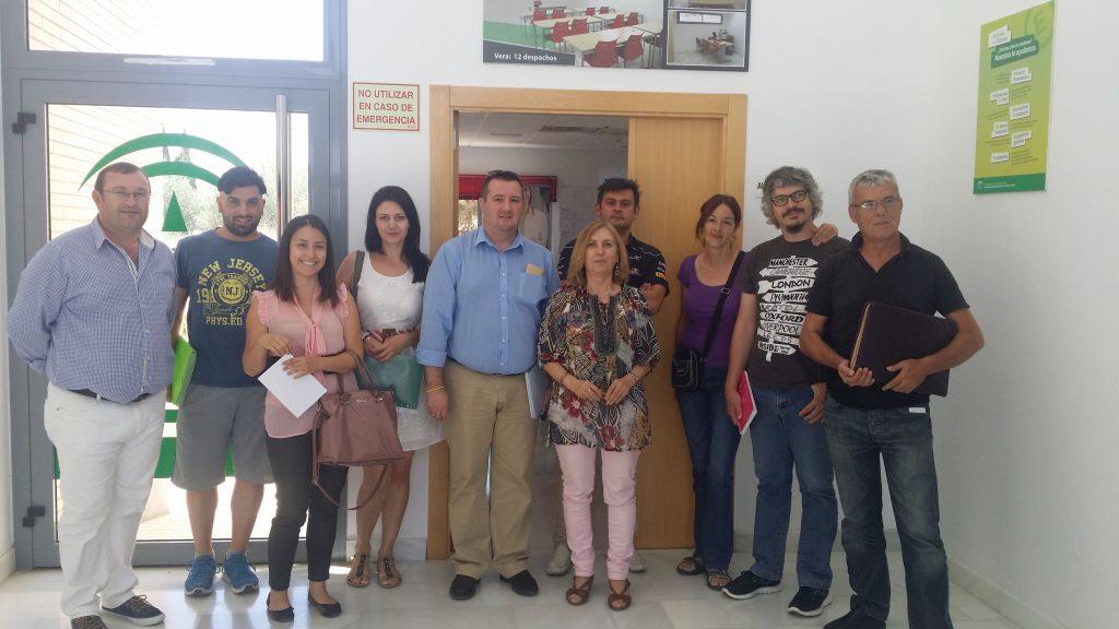 Asistentes a una de las jornadas del programa CRECE impartidas en el CADE de Vera